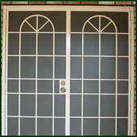 Elk Grove, Iron Doors